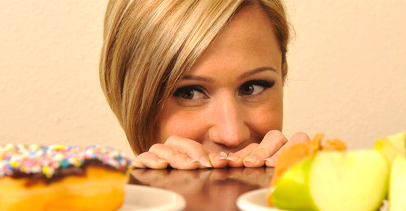 How To Reduce Food Cravings: 6 Effective Techniques